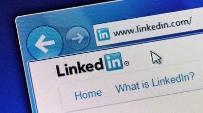 social media seminar, tips for using linkedin social media consultants in sussex, why have a LinkedIn company page
